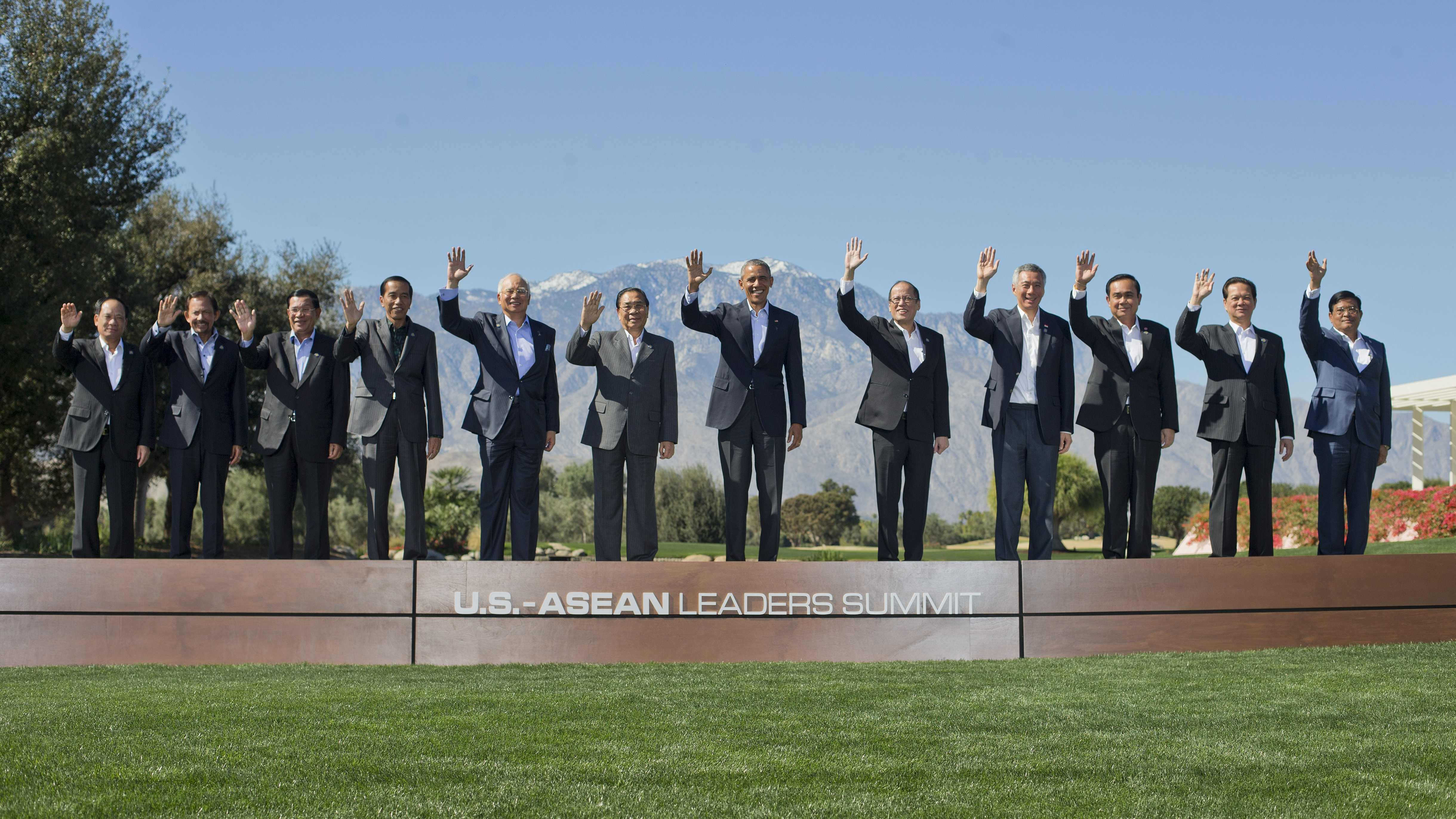 ASEAN-US summit: President Obama charms Southeast Asia\'s leaders, as ...