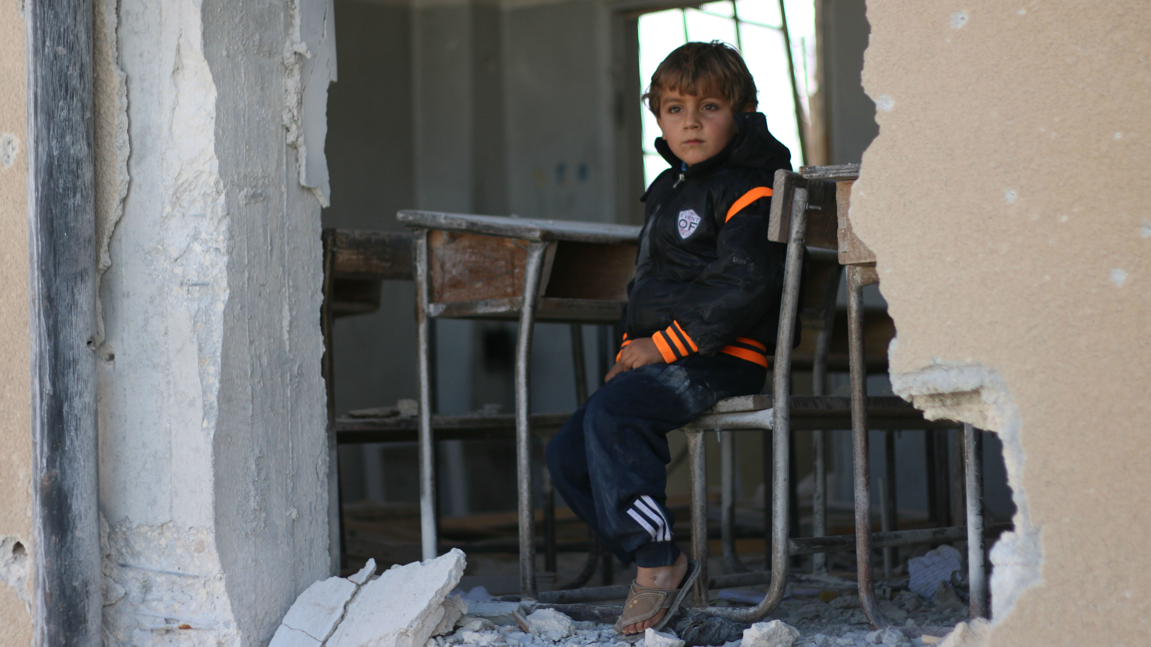 caterpillar shoes helsinki syndrome hostages rescued in syria