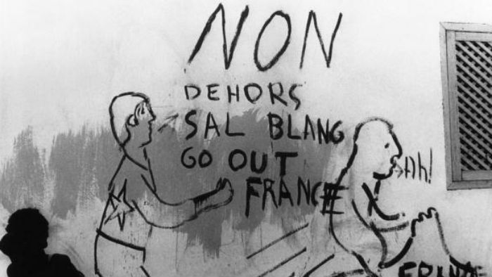 Anti-French graffiti in the streets of Djibouti City in March 1967, while French Somaliland was still a colony